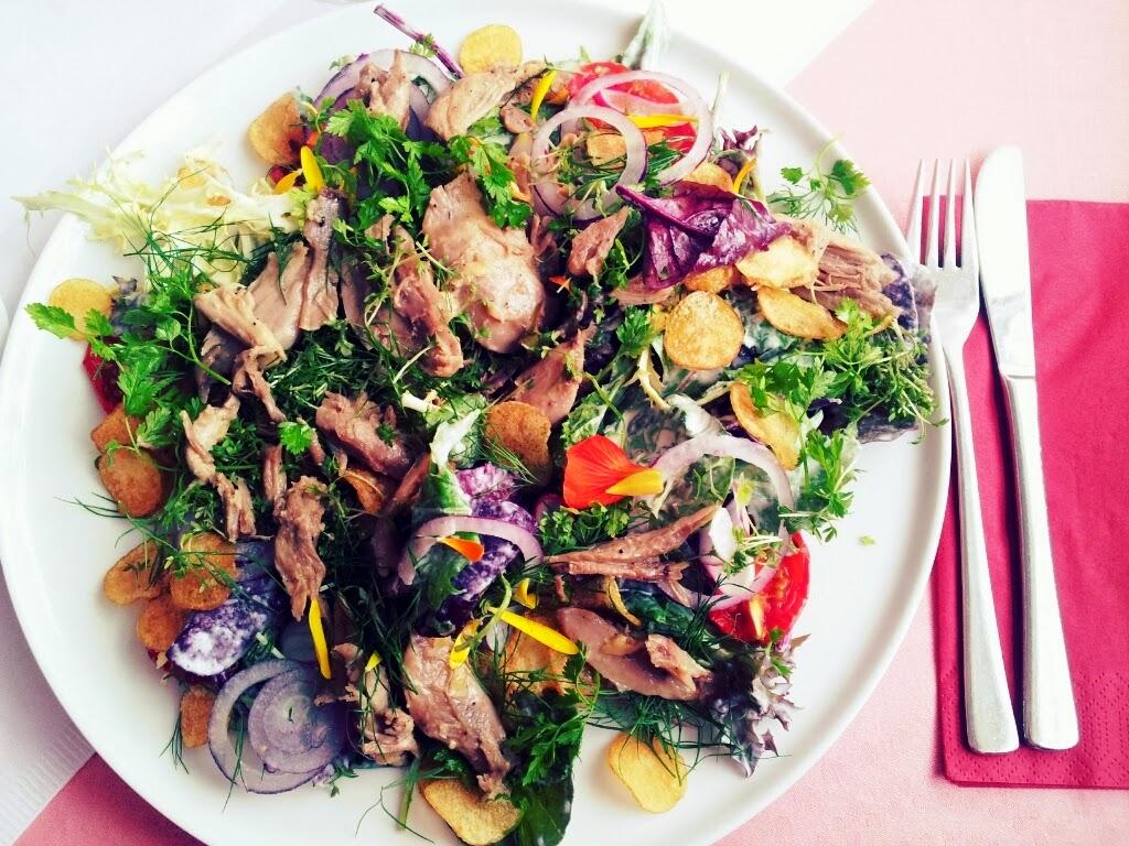 Svinkløv salat